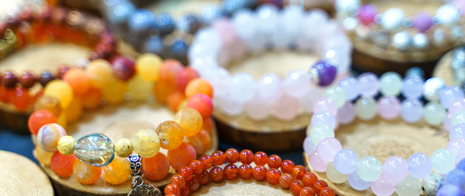 Vente en ligne de bijoux en pierres naturelles