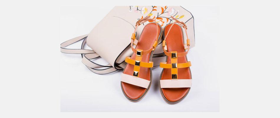 sandales à semelle plate